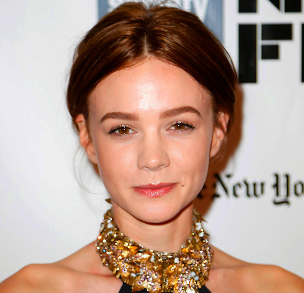 Carey Mulligan as a brunette: now that her hair colour is a shade darker than her eyes, her eyes seem to sparkle more, reflect more light.