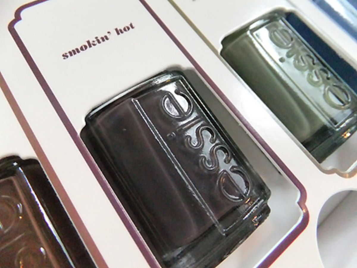 Essie's 30 Years of Color pick in Smokin' Hot