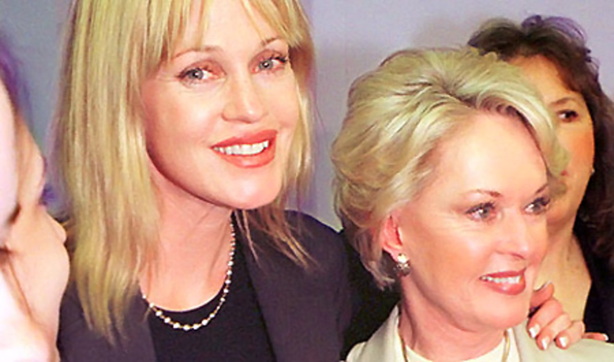 Melanie Griffith and Tippi Hedren in 2000