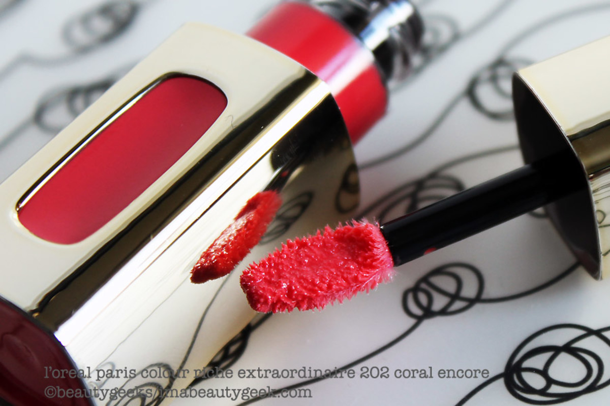 L'Oreal Colour Riche Extraordinaire 202 Coral Encore
