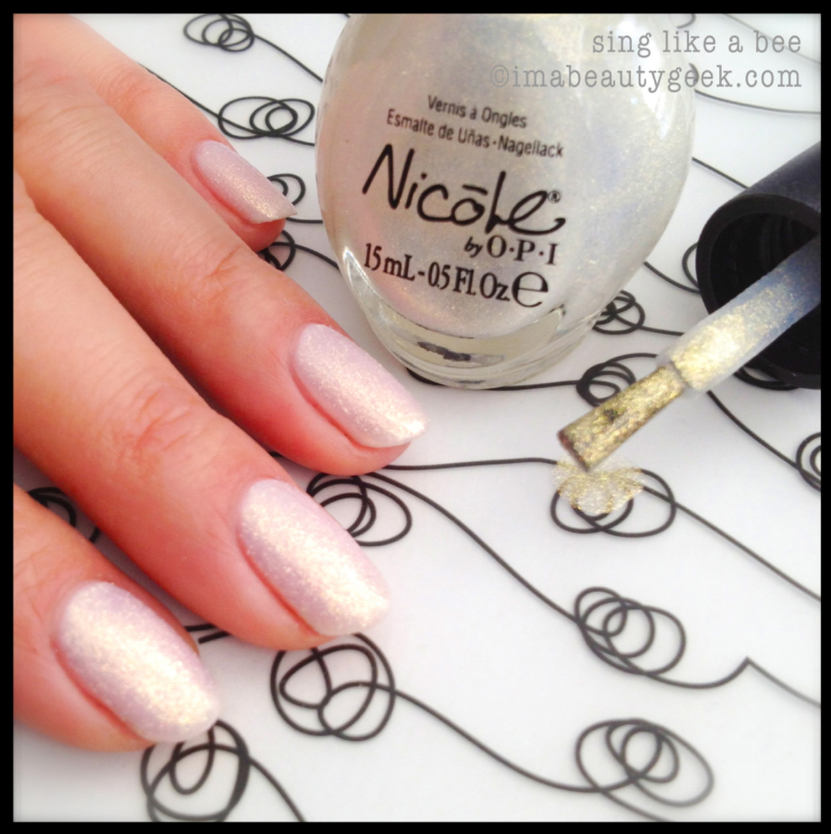 Nicole by OPI Carrie Underwood Sing Like a Bee