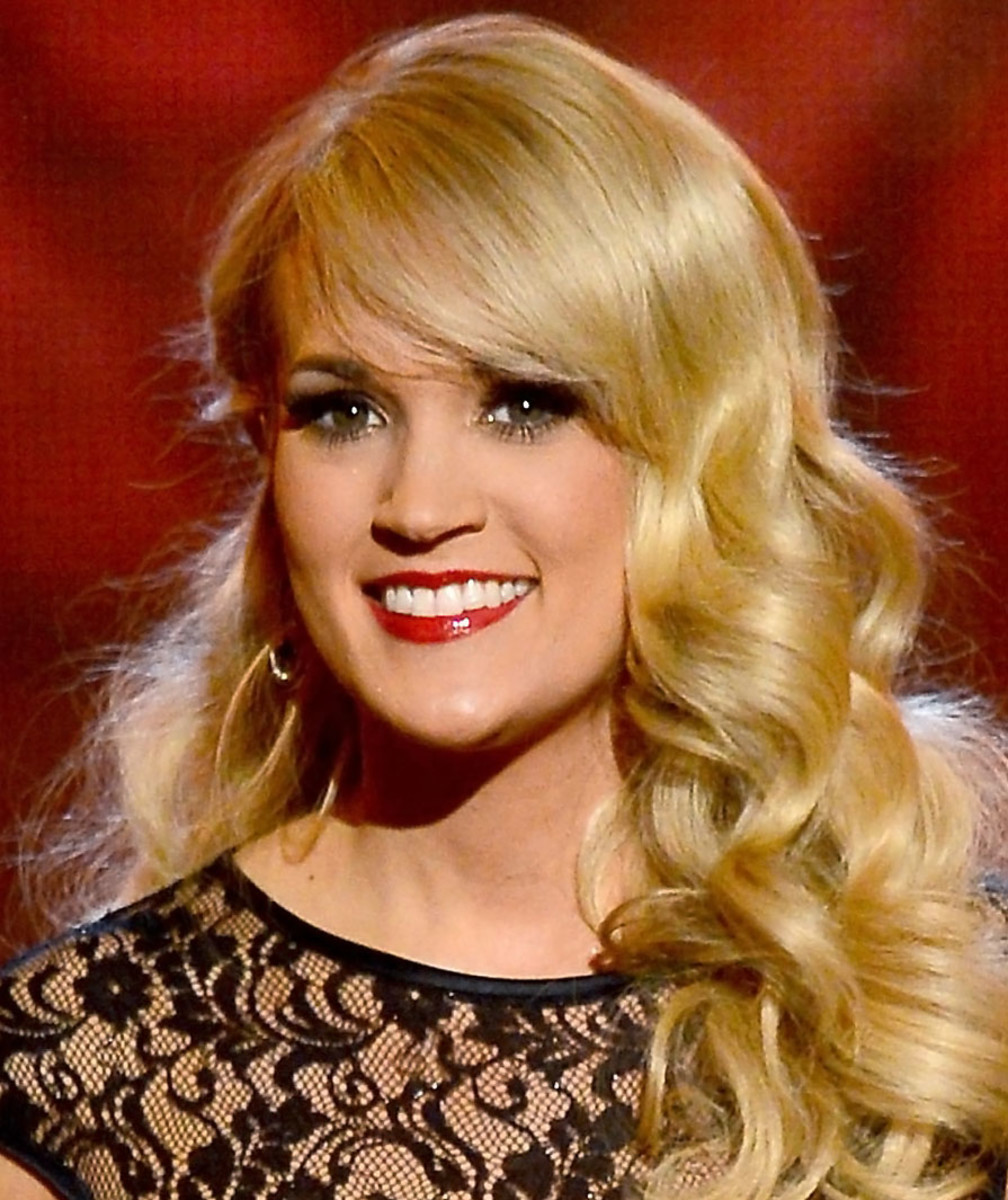 Carrie Underwood_ACM Awards_April 2013