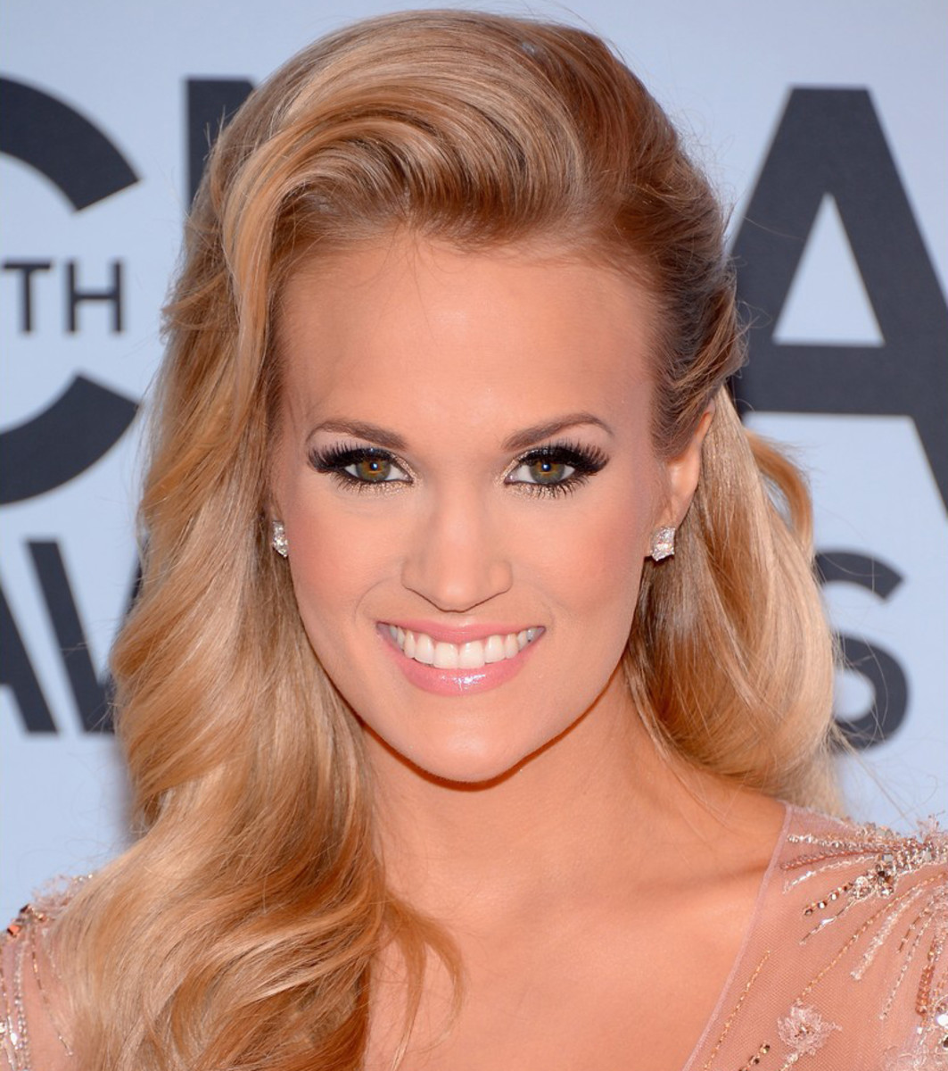 carrie-underwood-cma-awards-2013