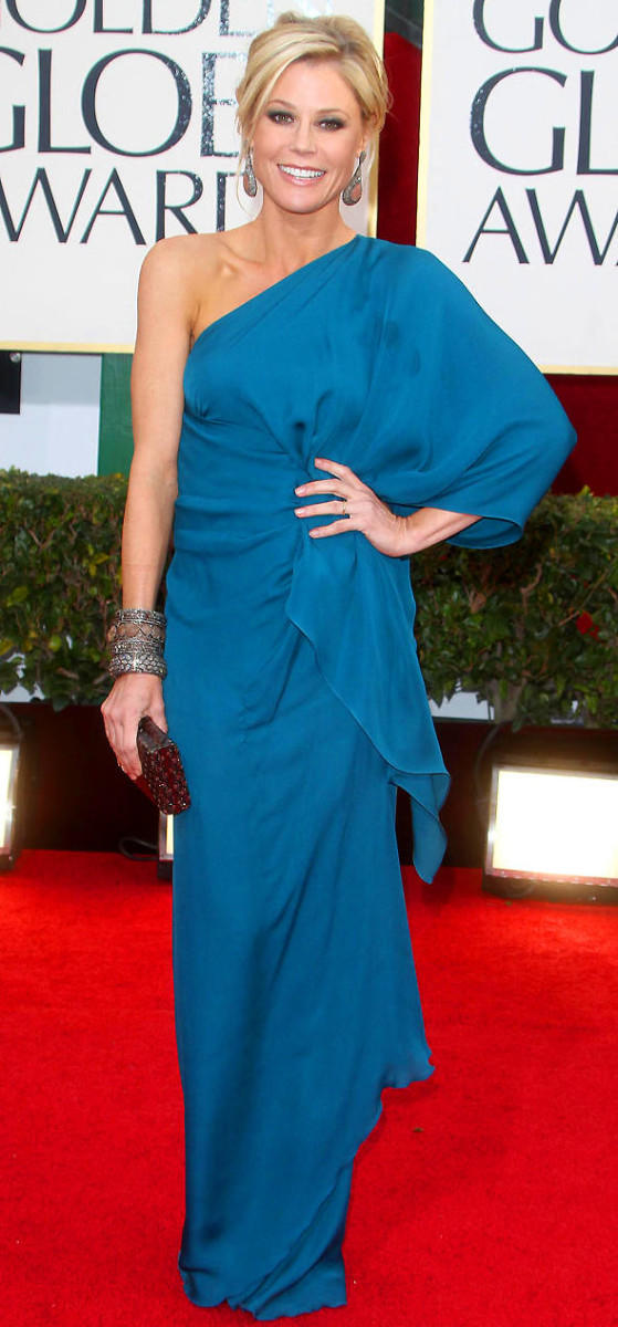 /julie-bowen_golden-globes-2013_gown