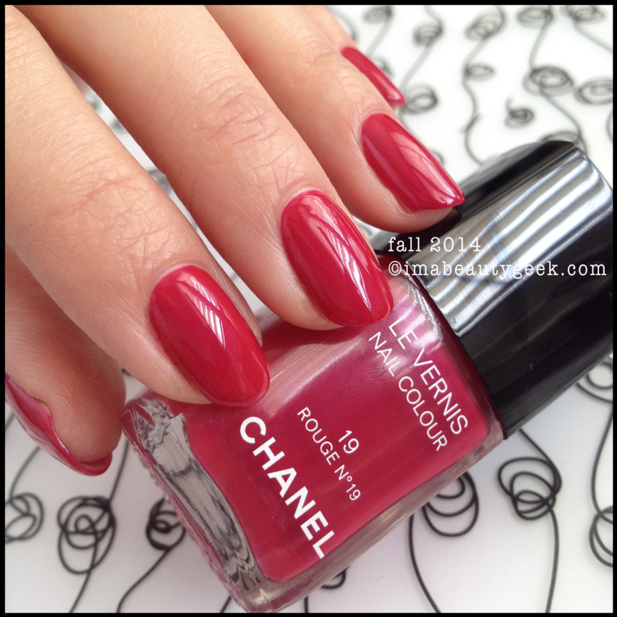 Chanel les rouges culte Rouge No19 Fall 2014 Beautygeeks