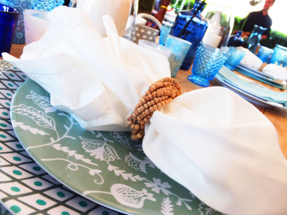 summer table setting_Indigo Books