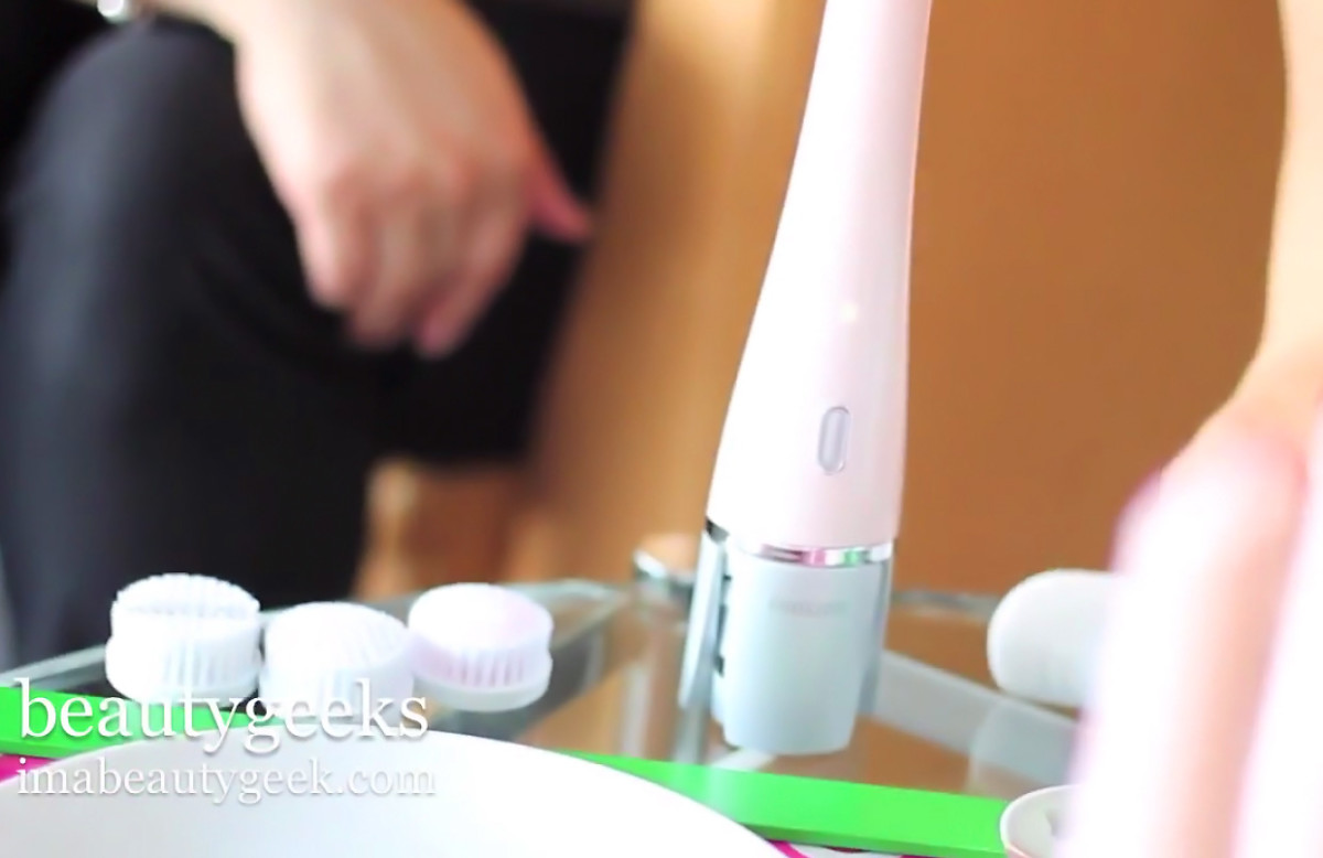 philips pureradiance sonic facial cleansing system
