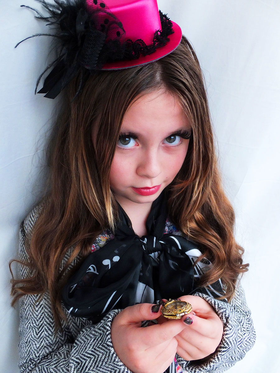 mad hatter costume designed by 12-year-old E_katy perry false lashes