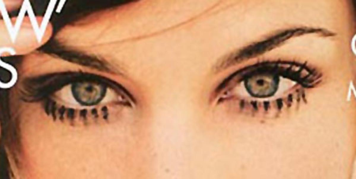 Alexa Chung Harper's cover_eyes
