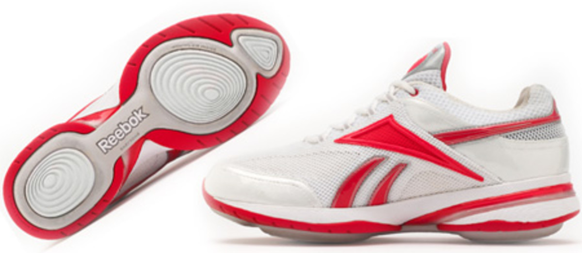 Reebok EasyTone Renew shoes_$109 CAN