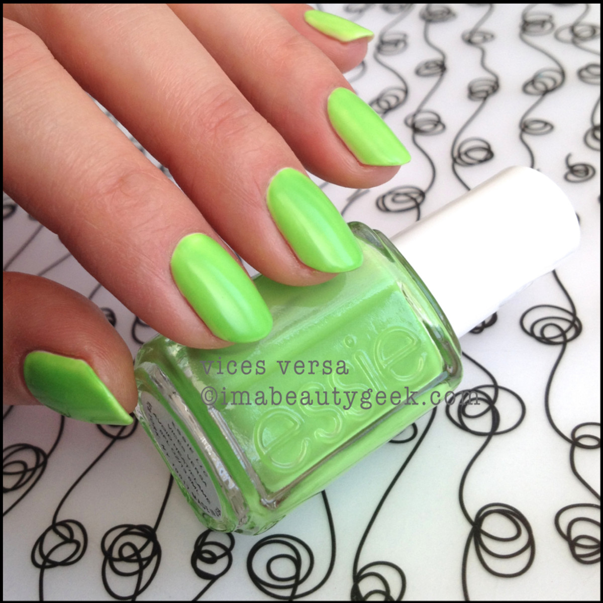 Essie Vices Versa_2 Neon Too Taboo 2014