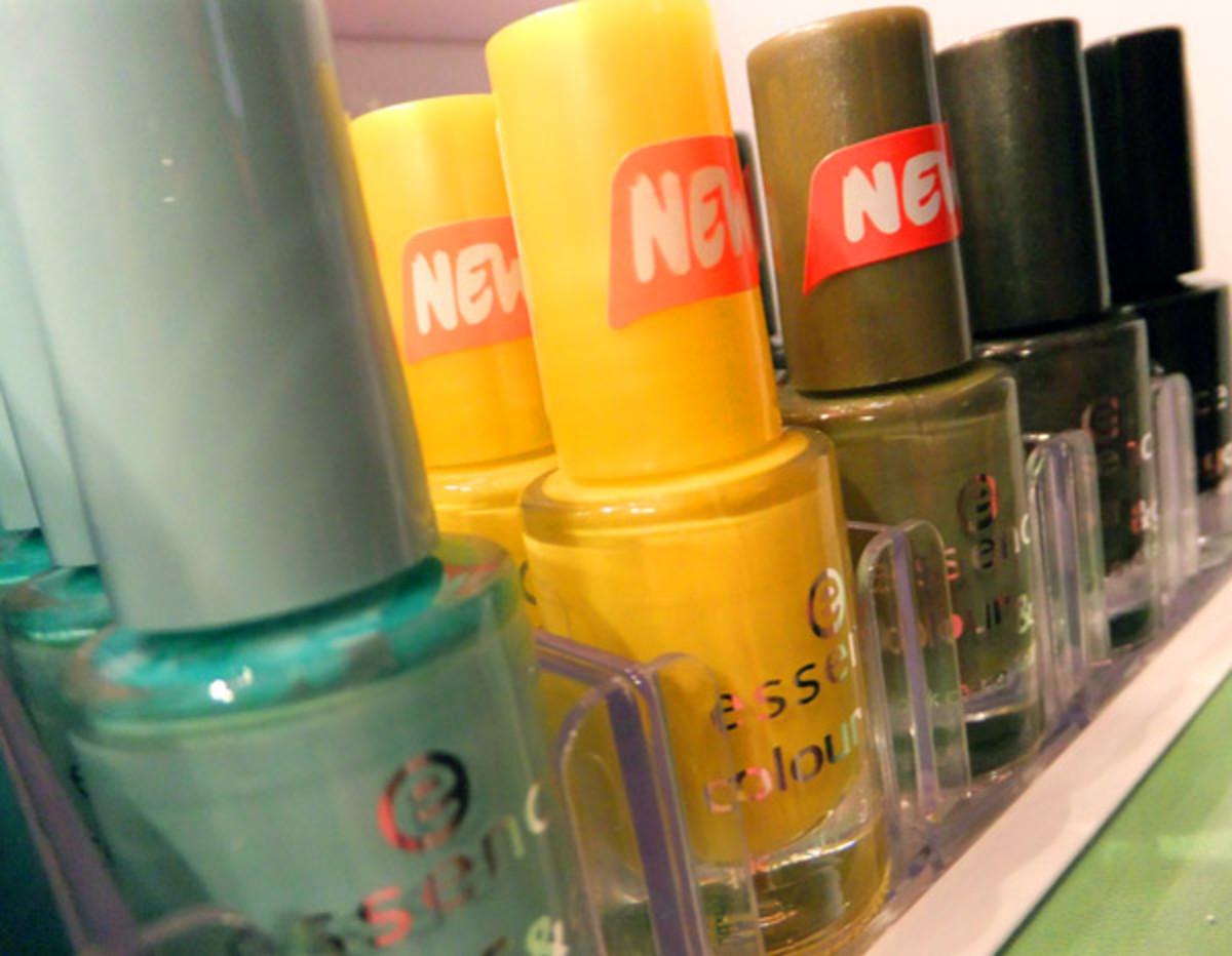 Essence Colour & Go Quick Dry Nail Polish