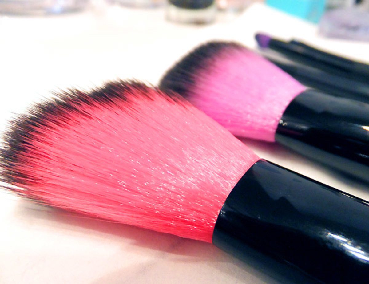 Essence makeup brushes