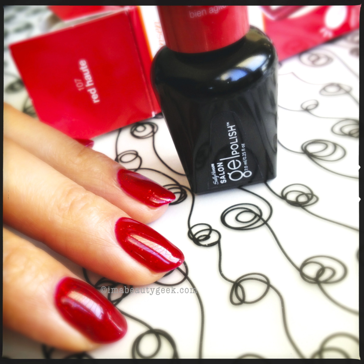 Sally Hansen Red Haute LED Gel Polish