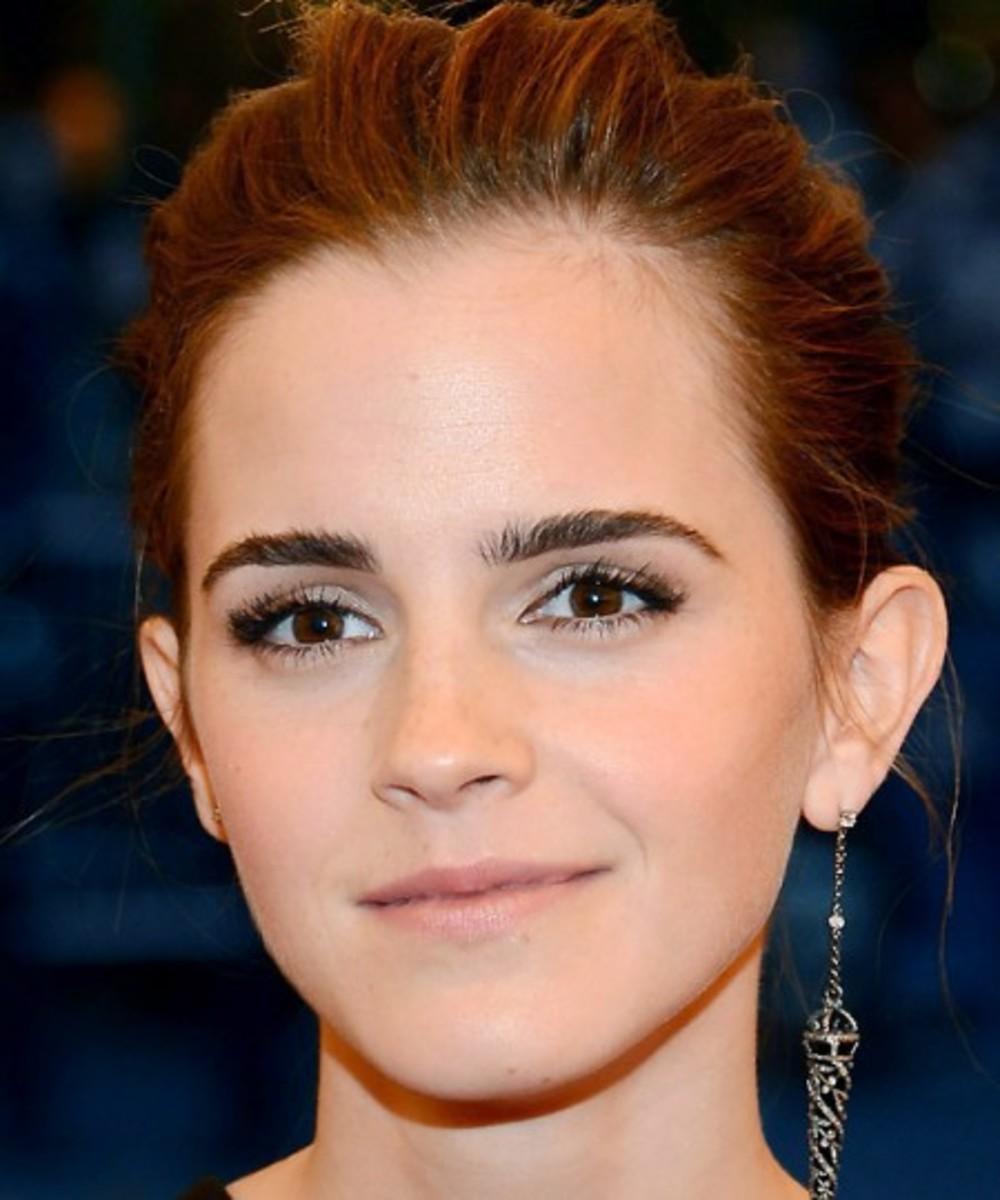Emma-Watson_Met-Ball_2013-450x540