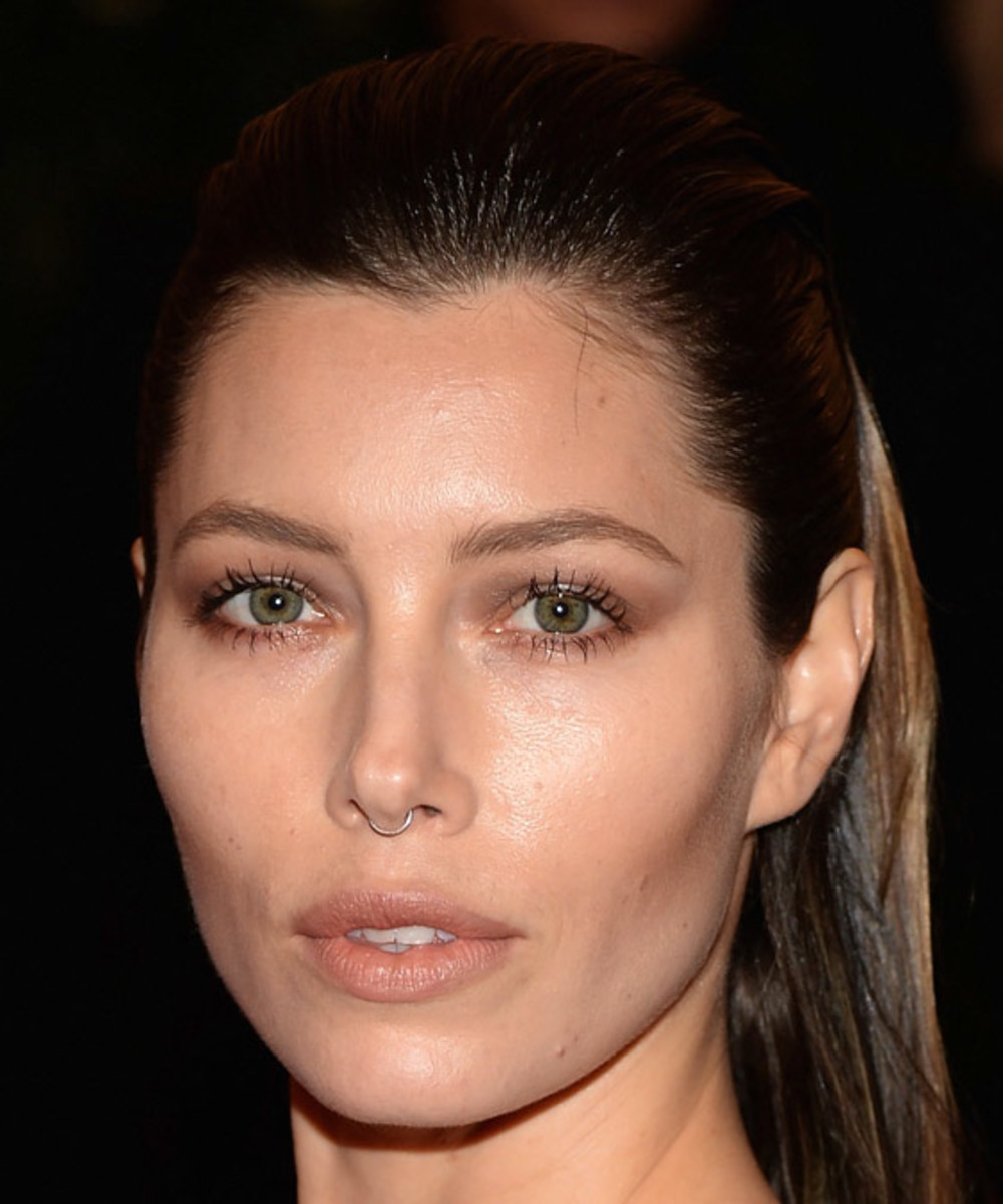 Jessica Biel_Met Ball 2013_nose ring
