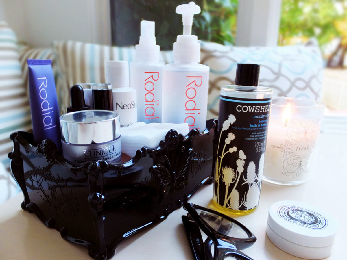 Bedside Beauty_skincare to keep by your bed so you can go to bed with makeup on