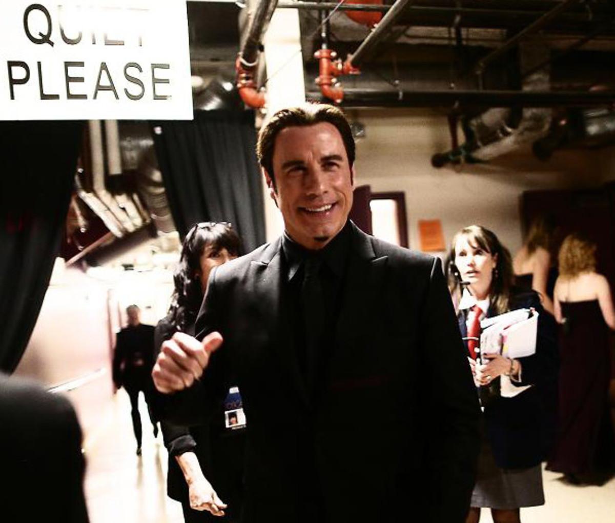 John Travolta_Oscars 2013_backstage