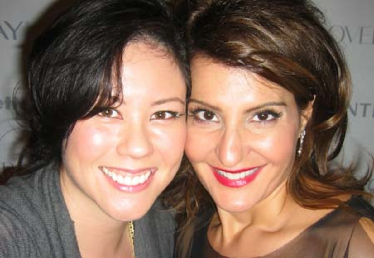 withNiaVardalos_P&GBeautyAwards