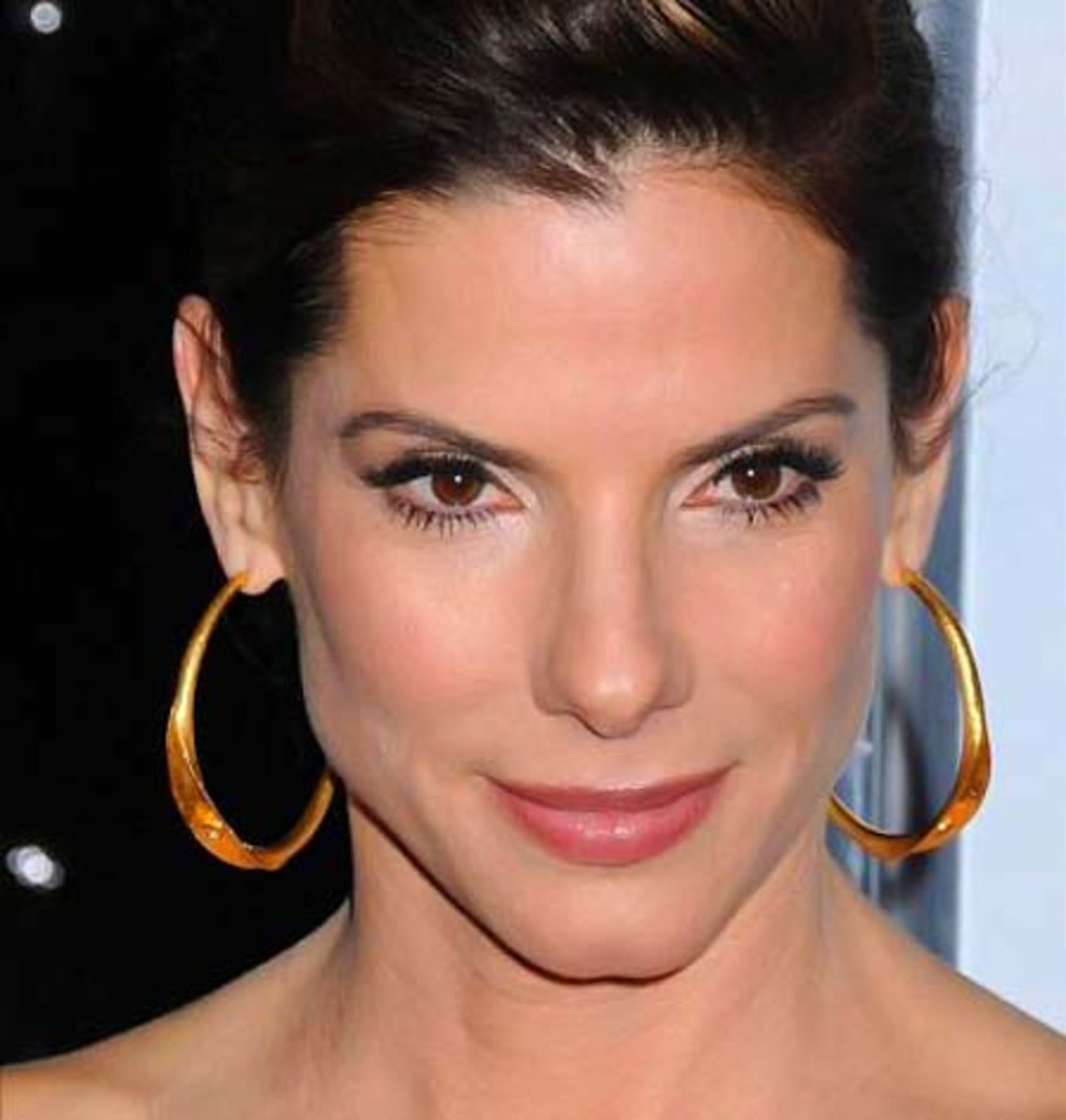 the go-to lined eyes of Sandra Bullock