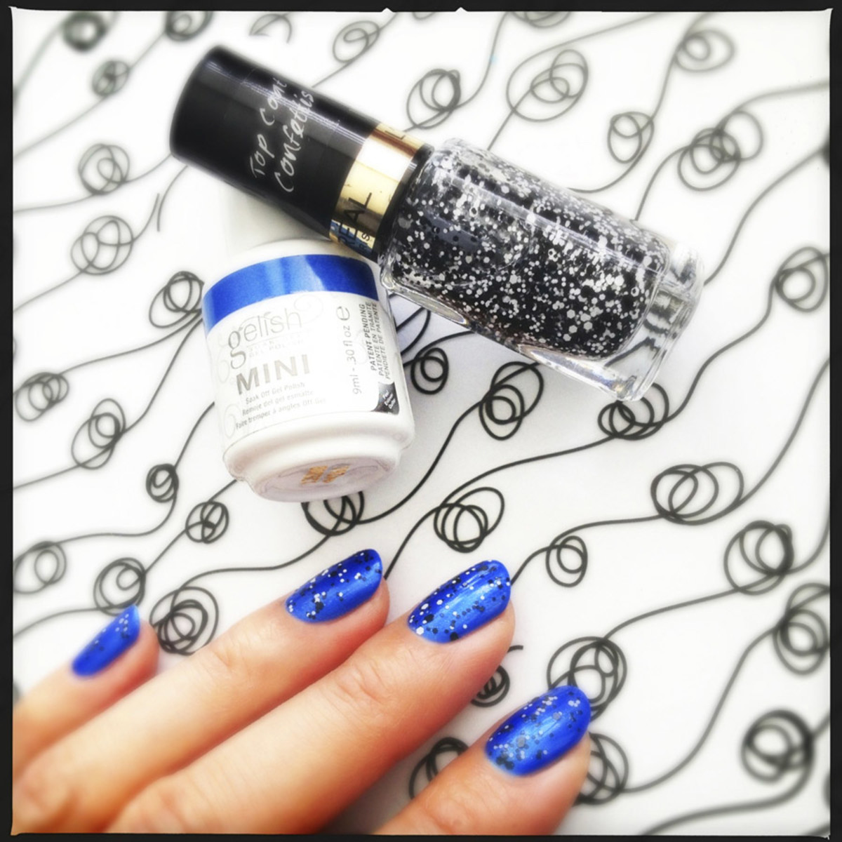 Gelish mini Ocean Wave and L'Oreal Paris Color Riche Top Coat in Confetti aka The Sparklicious
