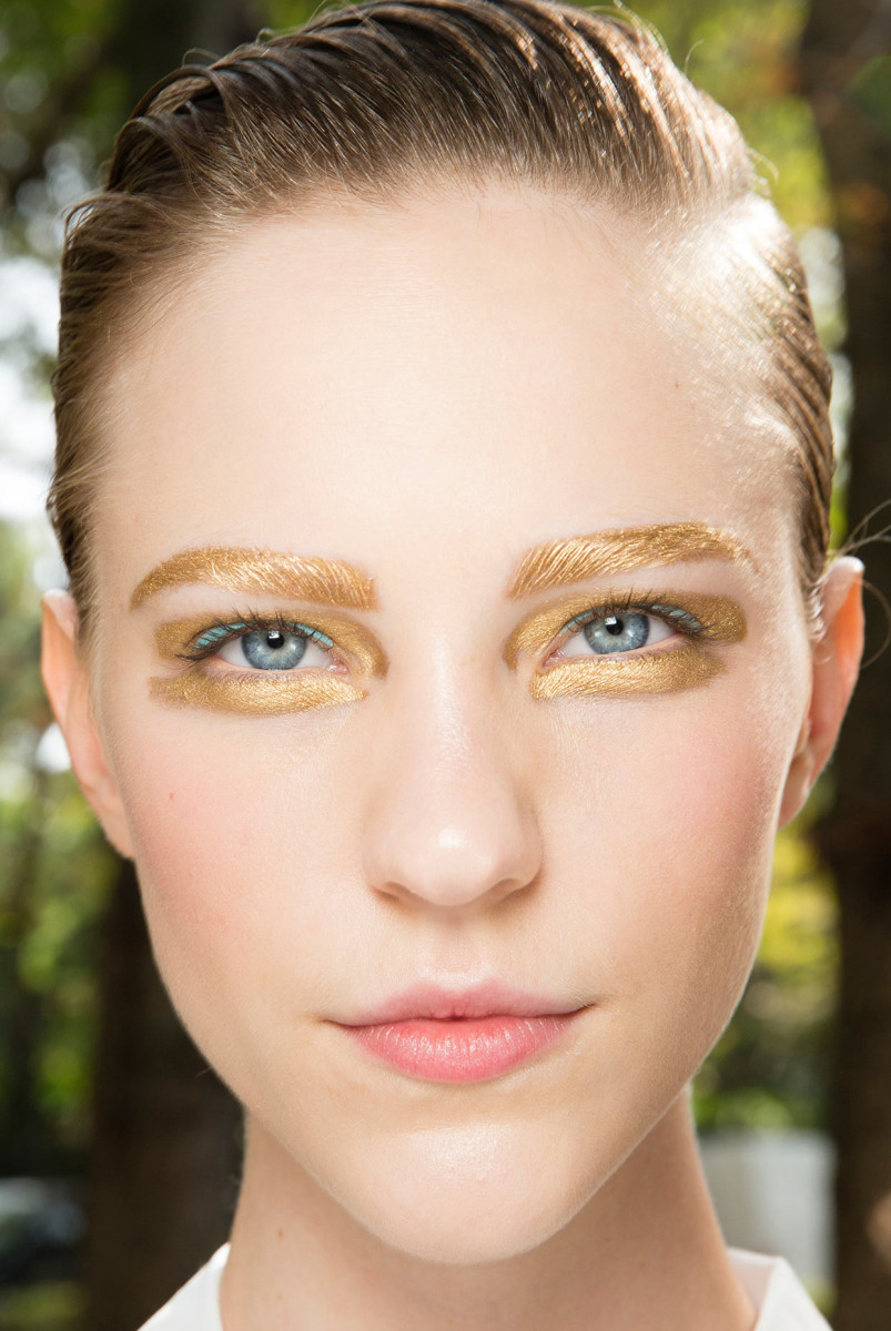 Christian Dior Spring 2014 ready to wear makeup_golden eyes_gilded eyes
