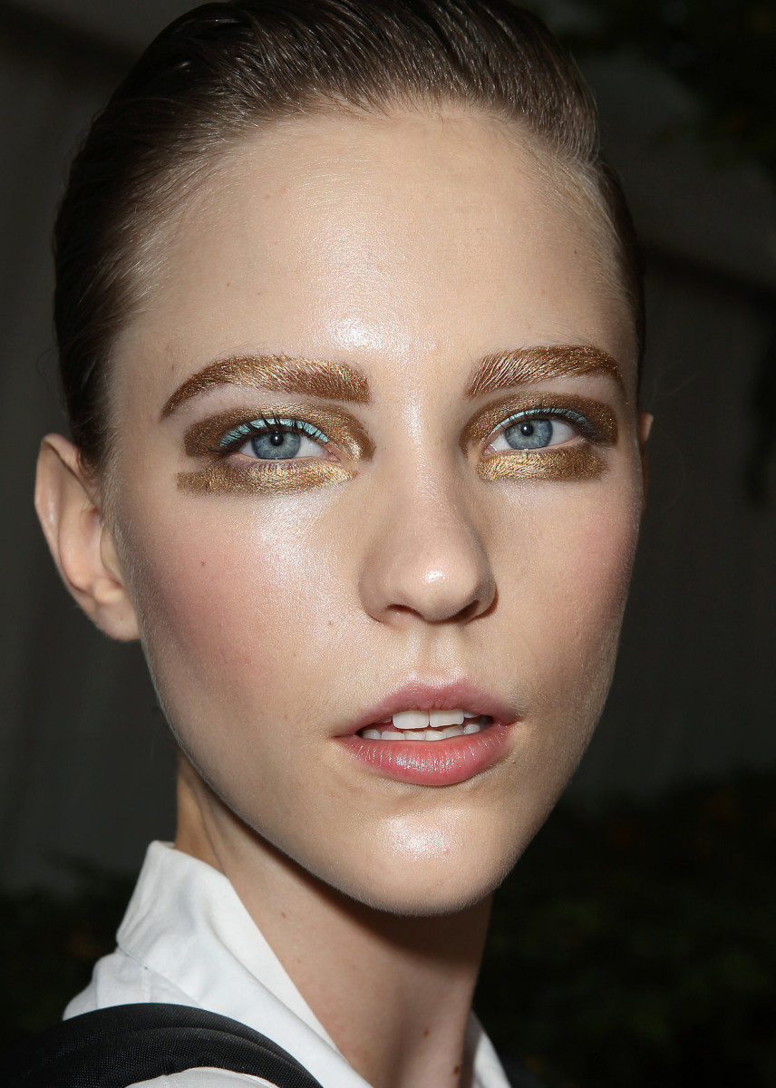 golden eyes_gilded eyes_Christian Dior ready to wear Spring 2014