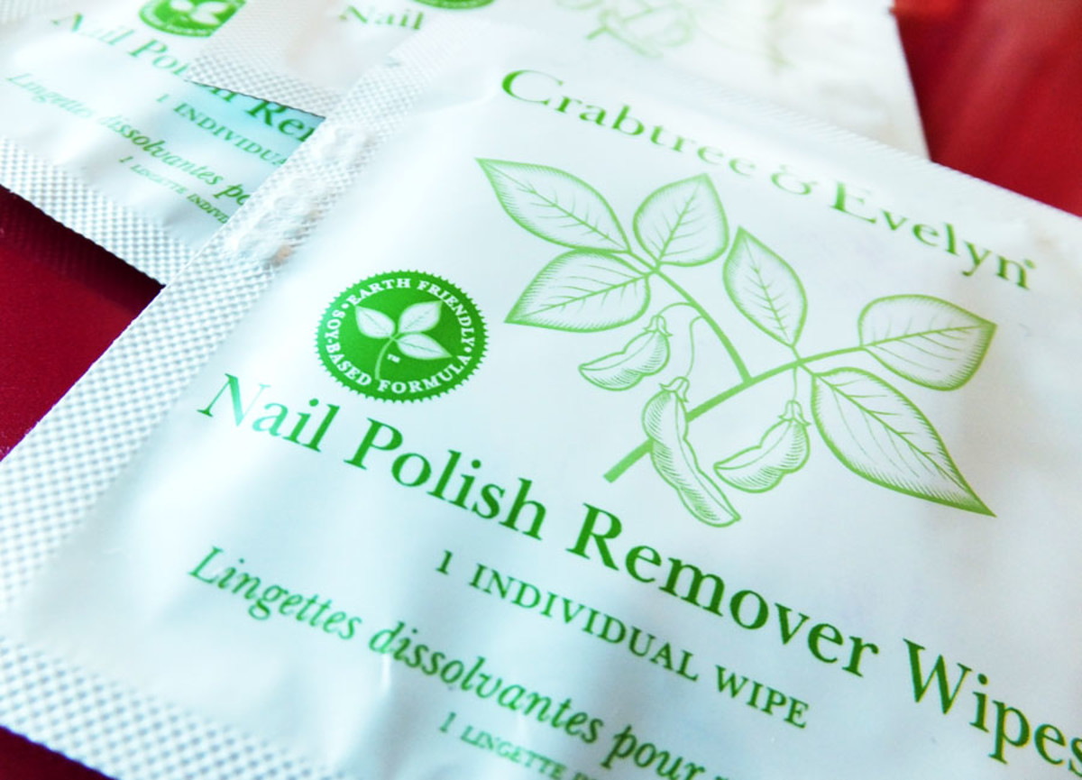 Crabtree & Evelyn Nail Polish Remover Wipes -- they're ODOUR-free!