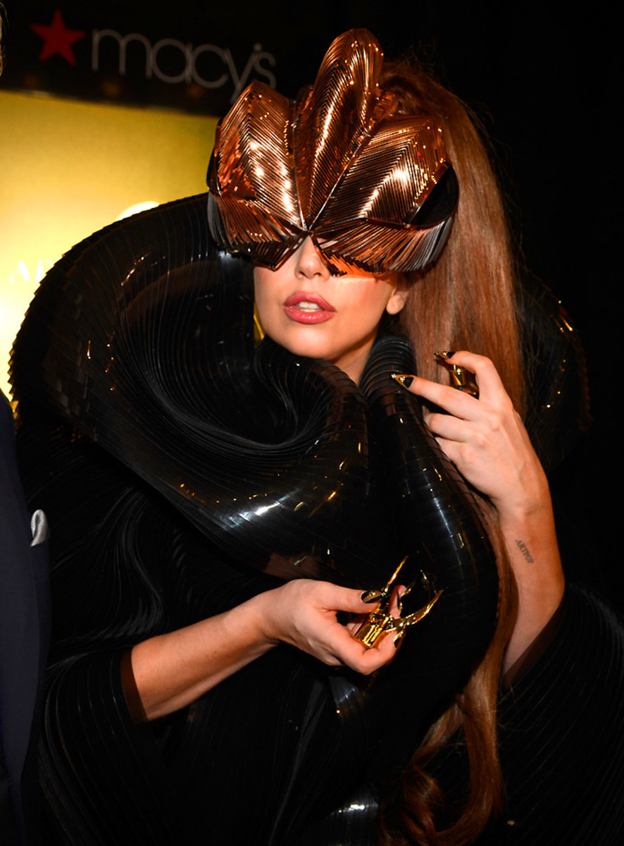 "4_Lady Gaga ""Fame"" Eau de Parfum Launch - Inside"
