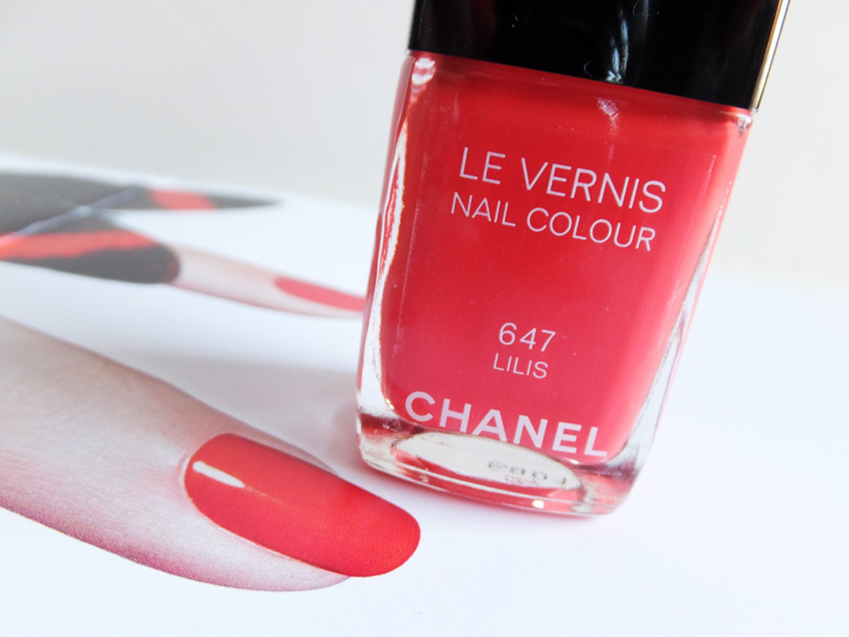 Chanel Le Vernis Nail Colour in 647 Lilis_summer 2013