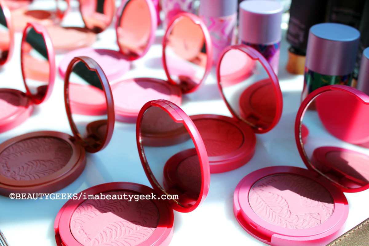 TIFF media lounge_Tarte Amazonian Clay powder blush