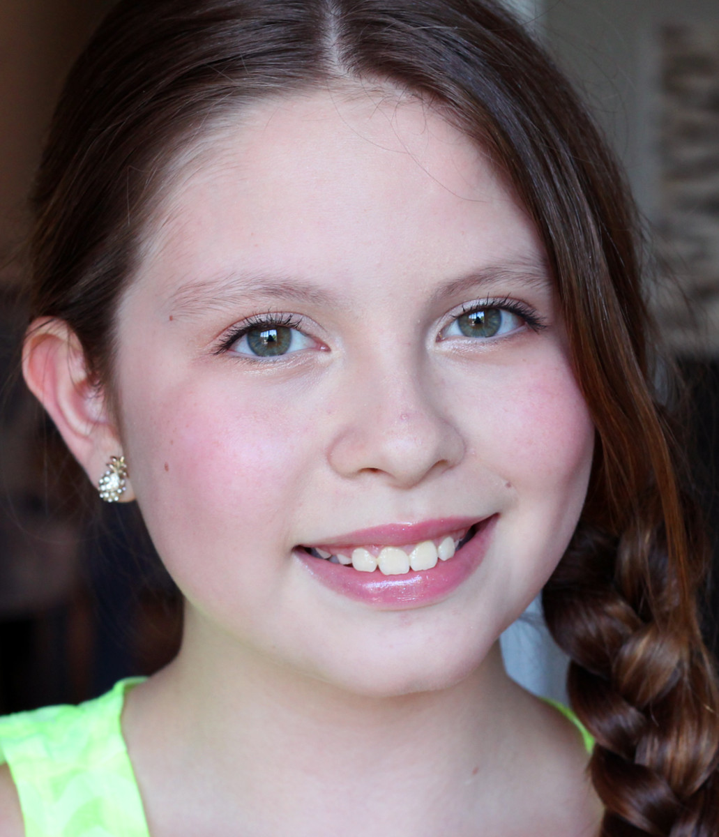 Age-appropriate tween makeup: that's a look that makes us older ladies look younger.