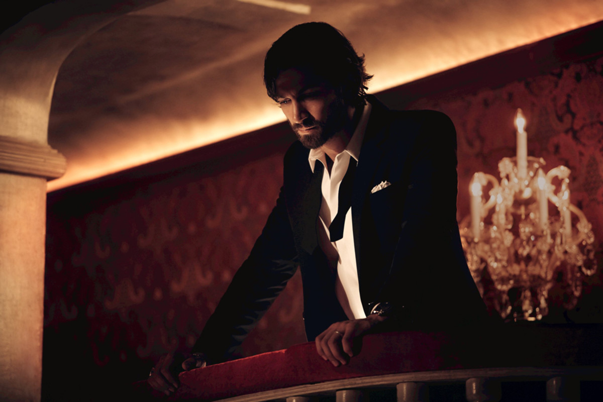 Chanel No 5 The One That I Want_Michiel Huisman awaits