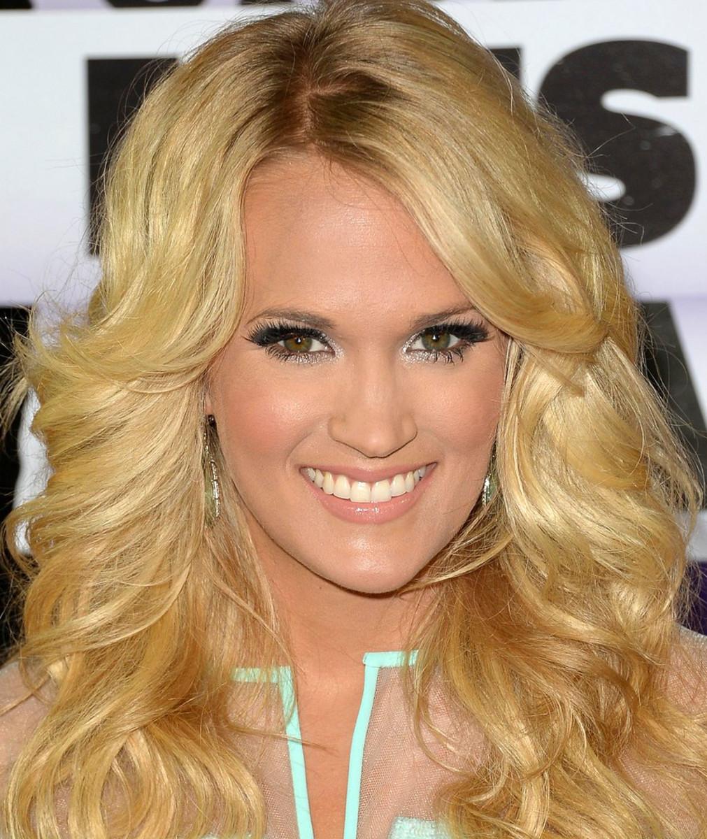 Nicole by OPI Carrie Underwood.jpg