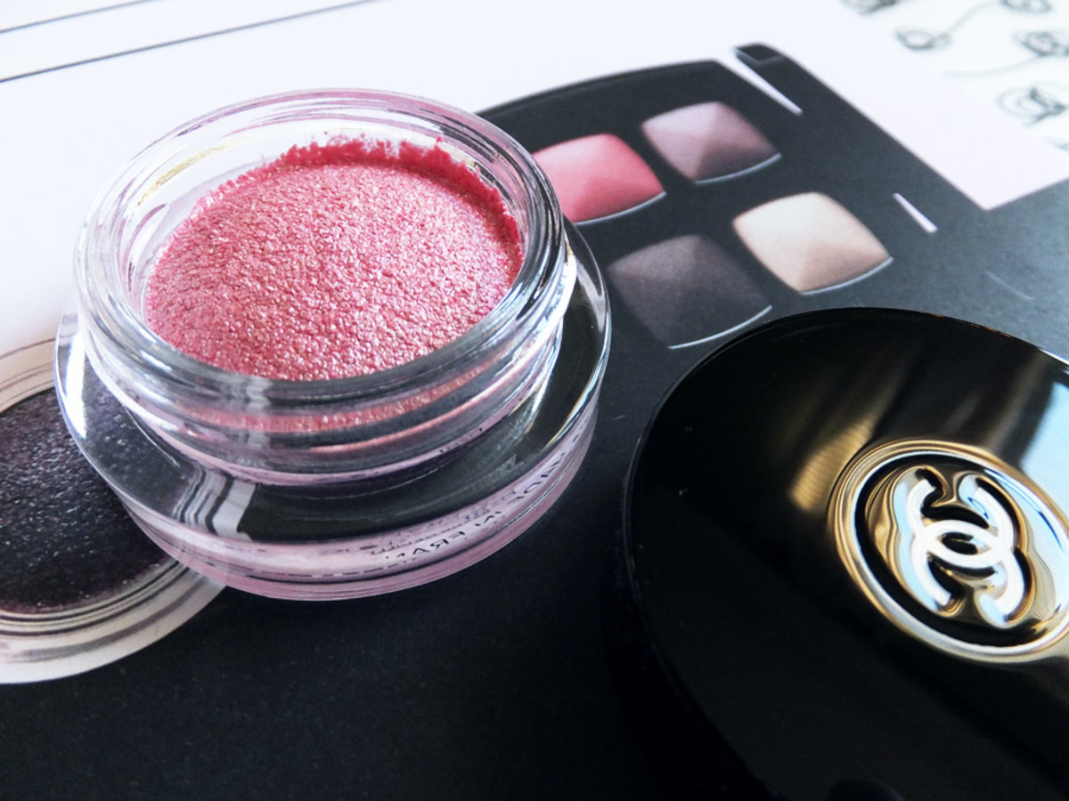 Chanel Spring 2014 eyes_Chanel Impulsion 93 Illusion D'Ombre eye shadow_pastel pink with silver shimmer