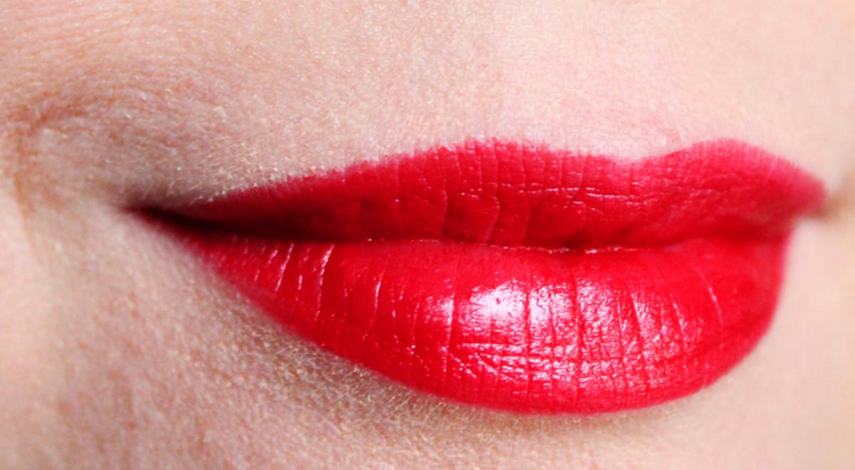 Lipstick Diary What I Wore That Day Hint Mac Viva Glam Rihanna 15 Usd 18 Cdn