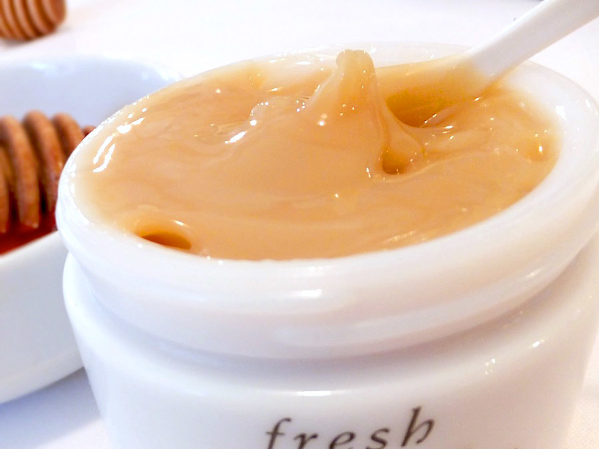 Fresh Creme Ancienne Honey Mask texture