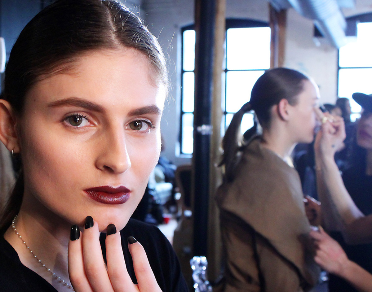 Lorde makeup look_Dillon_backstage Bellavance_Covergirl