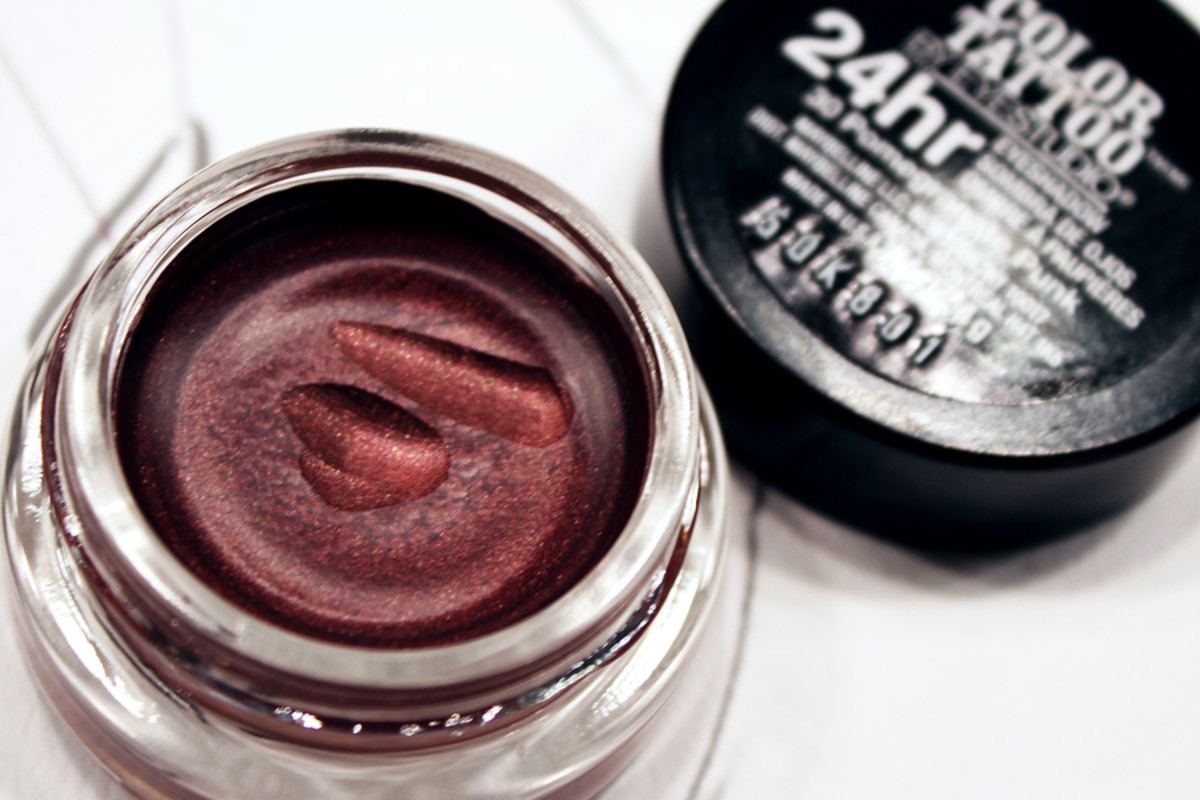 Maybelline NY Color Tattoo_Pomegranate Punk