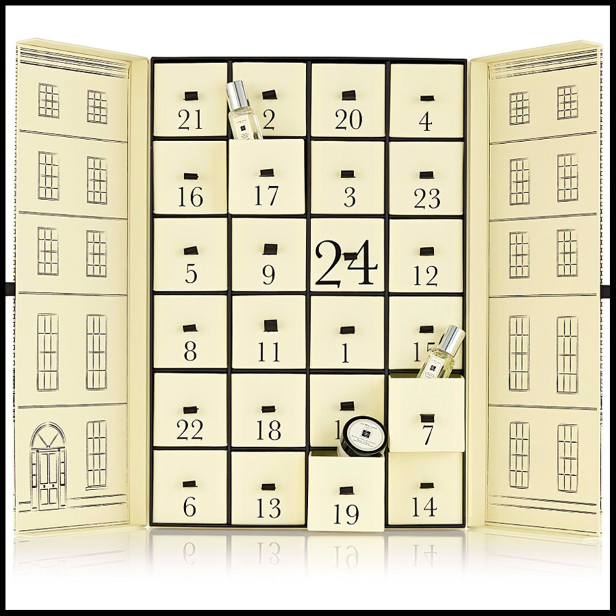 advent calendars 2104_Jo-Malone-London-Advent-Calendar-2014 interior