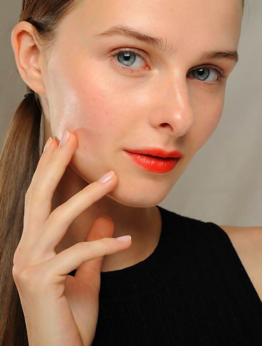 MicroNail nail buffer_image_dkny ss 2014 nails