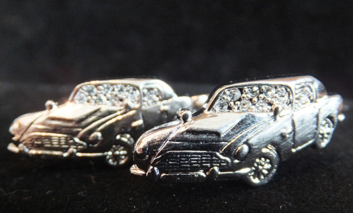 Swarovski_James Bond Collection_D85 cufflinks