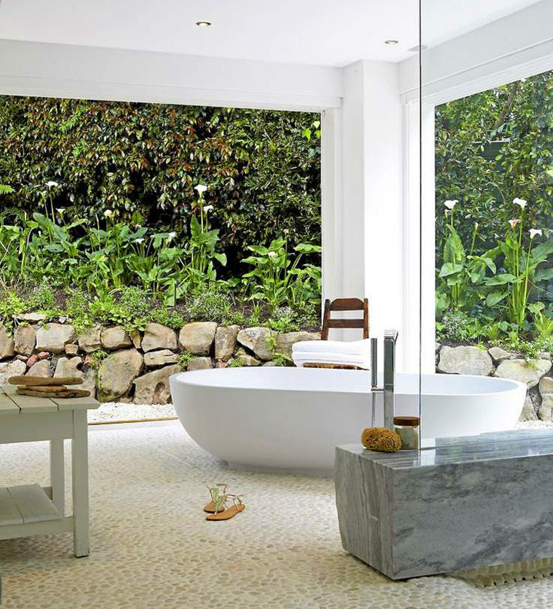 bathroom with a garden view_cropped