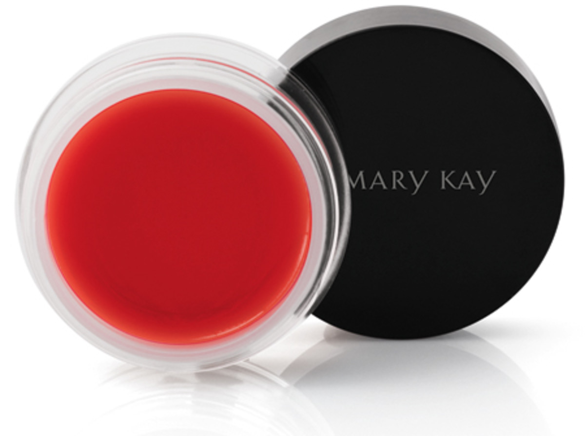 Mary Kay Cheek Glaze: the best Mary Kay product ever, but sadly limited-edition