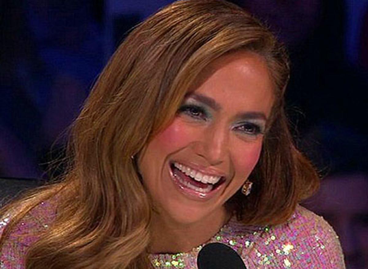 Jennifer Lopez_too much makeup