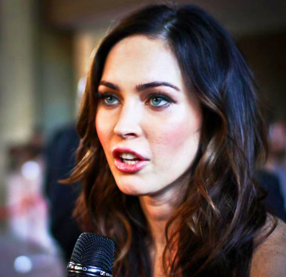 Megan Fox_TIFF 2011_photo Scott Mileskie