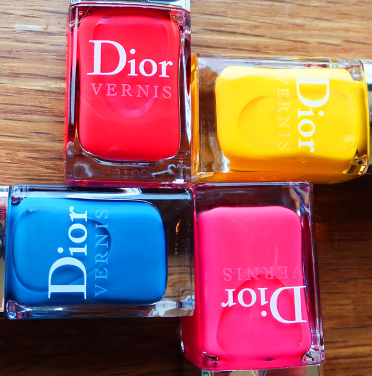 Dior Summer Mix nail polish in Calypso 158_Acapulco 118_Rose Bikini 664_Lagoon 198