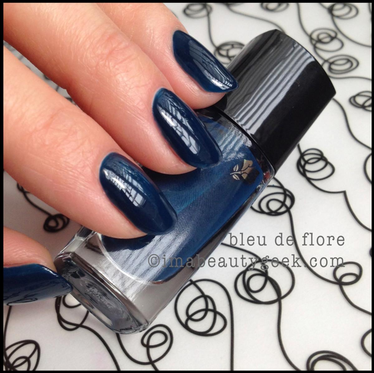 Lancome polish Blue de Flore