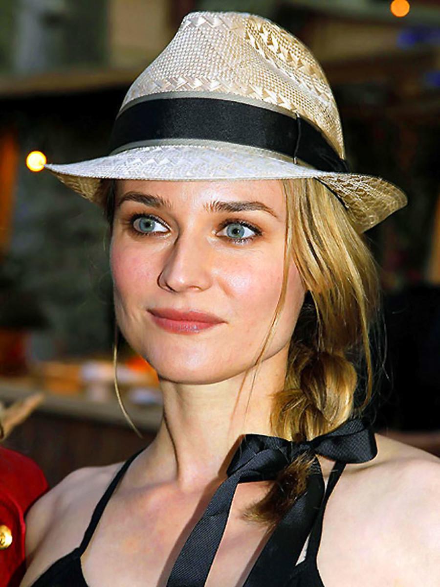 Diane Kruger_straw fedora