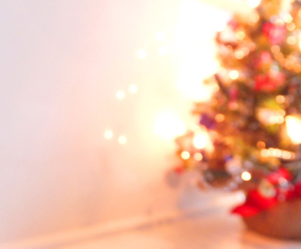 Desktop Christmas Tree_madebyMarieFalcon